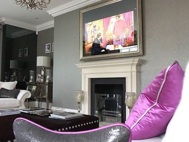 Шикарный интерьер украшенный шикарный телевизор- зеркало IMAGE