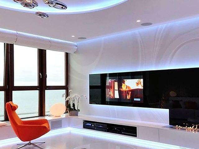 Телевизор Burg&Glass как арт- объект