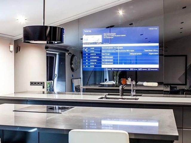 Шикарная кухня с решением Burg&Glass в Москве