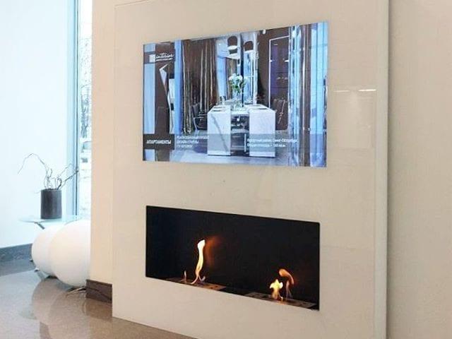Друзья, рады сообщить, что вы можете увидеть эту красоту в живую в Москве по адрессу:  Фрунзенская набережная 16 😊  Решение Burg&Glass: био камин + ТВ 48 дюйма 4К