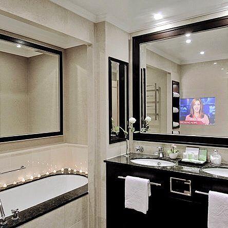 """Телевизор в ванной- это очень удобно!  ________________ Burg&Glass 22 дюйма в """"светлом"""" зеркале над раковиной"""