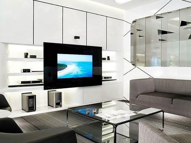 Хай-тек или классика?! Неважно!  Телевизор Burg&Glass дополнит и украсит любой интерьер