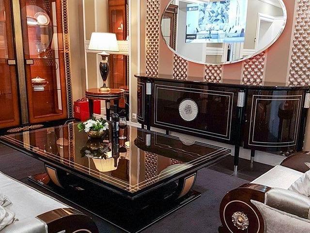 Уникальный, овальный телевизор Burg&Glass 32 дюйма