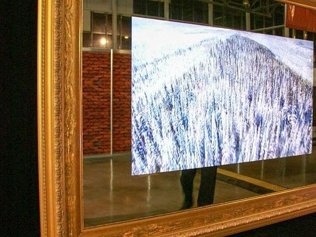 "Телевизор - зеркало Burg&Glass 49 дюйма в ""золотом"" багете"
