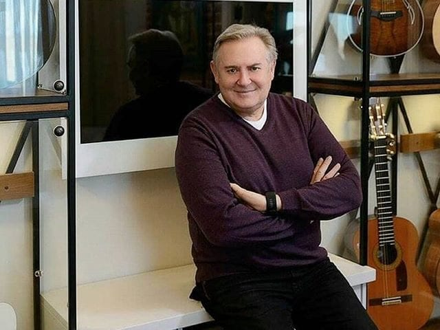 Юрий Николаевич Стоянов и его телевизор Burg&Glass 42 дюйма