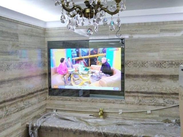 встраиваемый телевизор в кухонный шкаф