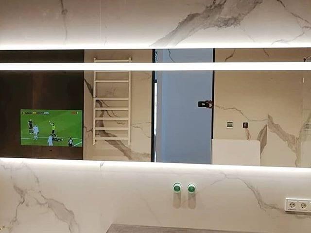 телевизор встроить в ванной