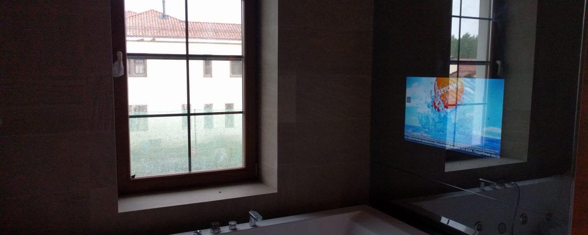 белый телевизор зеркало
