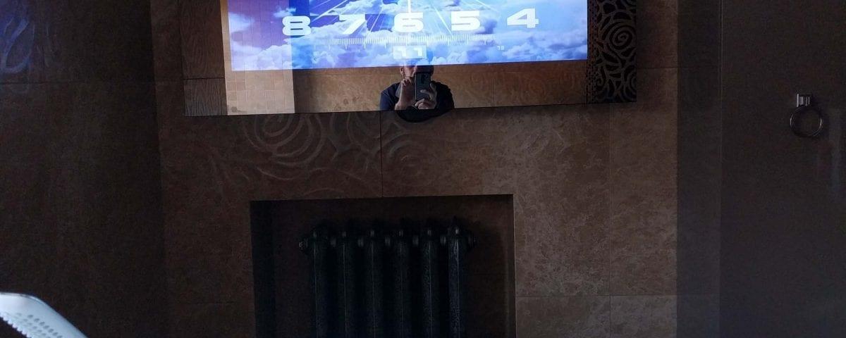телевизор с экраном зеркало