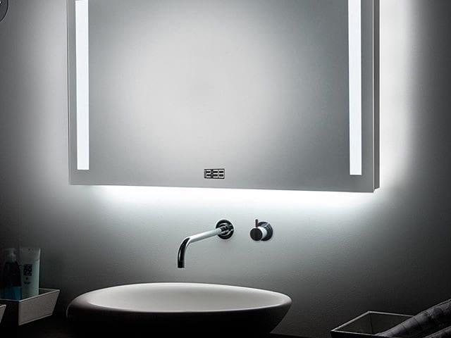 Это Smart Mirror +5 - умное зеркало!  В зеркало встроена акустика Burg&Glass с модулем bluetooth, через который вы можете подключить свой телефон или плеер и слушать любимую музыку в максимальном качестве!  Конечно зеркало оснащено часами, будильником, радио и led подсветкой