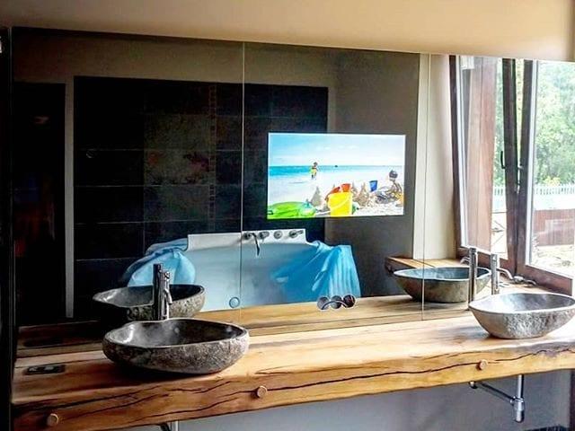 Зеркальный телевизор #BurgGlass 32  Зеркало над раковиной