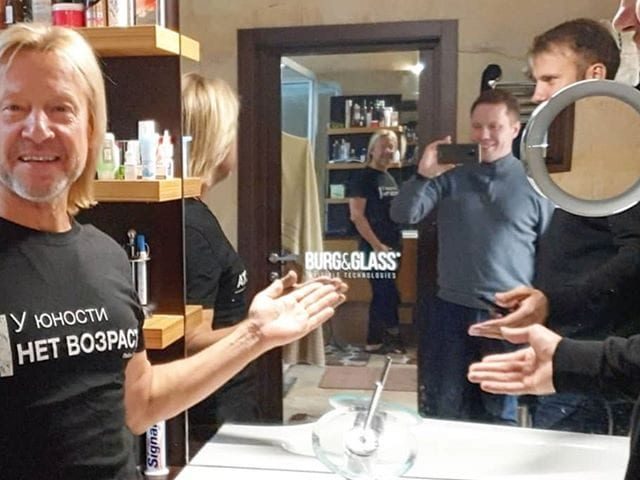 В гостях у Дмитрия Вадимовича Харатьян  У Дмитрия установлено 2 решения #BurgGlass