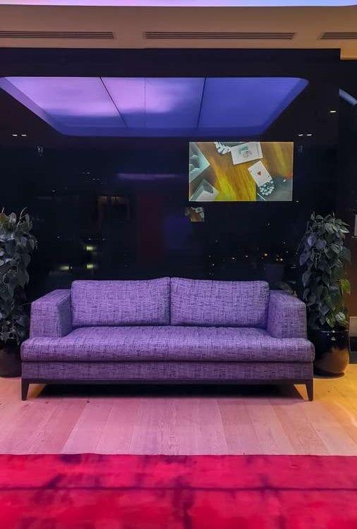 Стильный дизайнерский телевизор BURG&GLASS